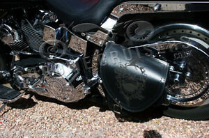 Image is loading HARLEY-DAVIDSON-SOFTAIL-LEATHER-SADDLE-BAG-SWINGARM-SINGLE- d37b753962ca1