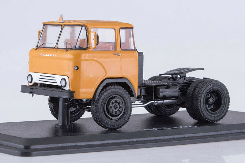 KAZ 608 USSR / Georgian Tractor Unit  1:43 Start Scale Models SSM1290
