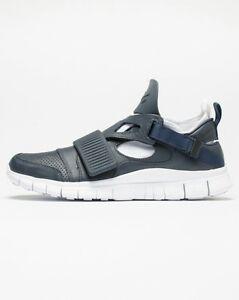 0bc081f3fd2f Image is loading Nike-NIKELAB-Free-Huarache-Carnivore-SP-Obsidian-Blue-