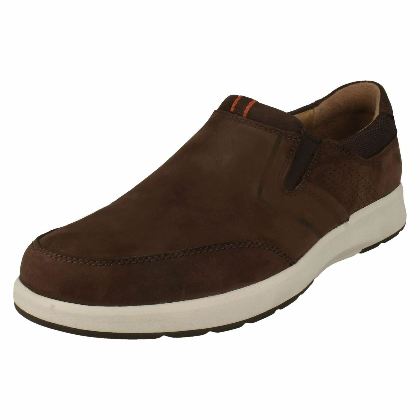 Mens Clarks Unstructured Un Trail Step Nubuck Casual Slip On shoes