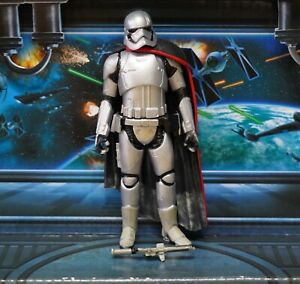Star-Wars-Figur-2015-Force-weckt-Captain-Phasma
