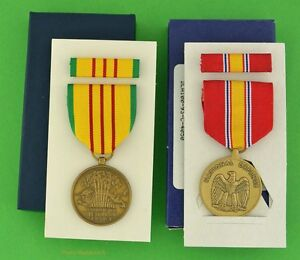 Vietnam-Service-Medal-amp-National-Defense-Service-Medal-in-GI-Issue-Boxes