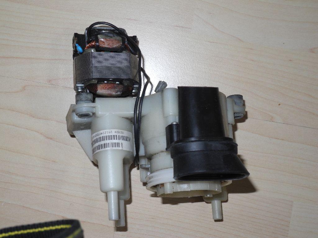 De Longhi-Broyeur avec moteur 7332203600