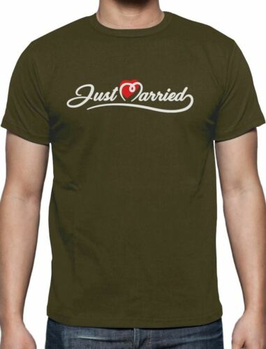 Just Married Gift for Newlywed Couples T-Shirt Honeymoon Gifts