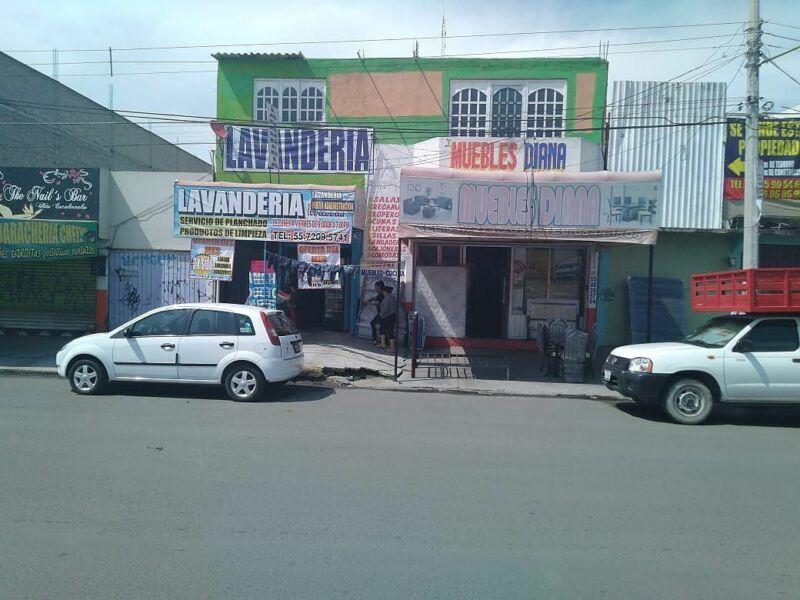 LOCALES EN VENTA EN AV. JARDINES DE MORELOS, ECATEPEC