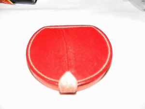 VINTAGE-RED-LEATHER-COMPACT-WITH-MIRROR-FRENCH-POWDER-COMPACT