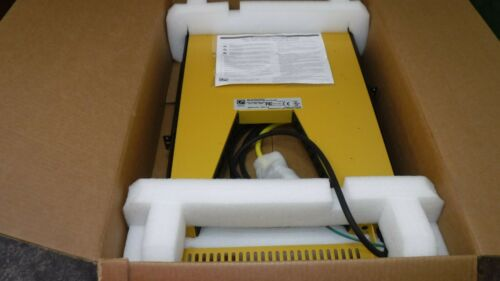 CHATSWORTH PRODUCTS STW21215221UF POWER WEDGE 220V 12A (24) IEC C13 -NEW MY