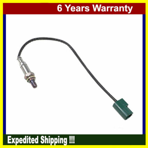 MotorKing Oxygen Sensor For 2001 2002 2003 2004 Nissan Altima 2.4L 3.5L 15949