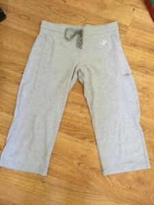 4594f64df671 Details about NIKE Women s SOFT! Heather Gray Cotton Poly Drawstring Cropped  Sweatpants Sz XS