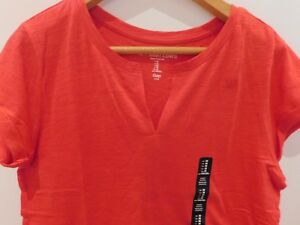 NWT-Gap-Women-039-s-Short-Sleeve-Easy-T-Shirt-Notch-V-Neck-Red-XS-S-M-NEW-Free-Ship