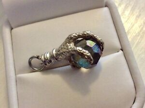 Good-Vintage-Solid-Silver-Eagles-Claw-Charm-Pendant-Holding-Crystal