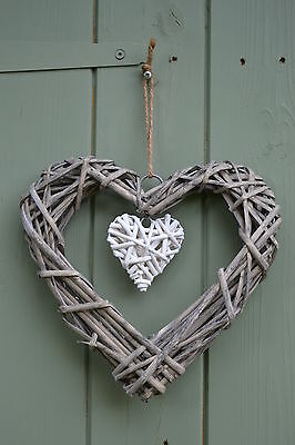 Gisela Graham Wicker Heart Wreath Hanging Decoration Natural & White 25 cm