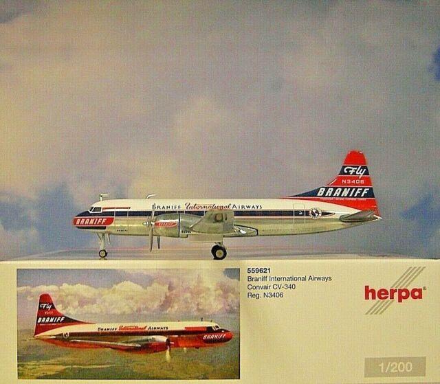 Herpa Wings 1:200  Convair 340  Braniff International Airways N3406  559621