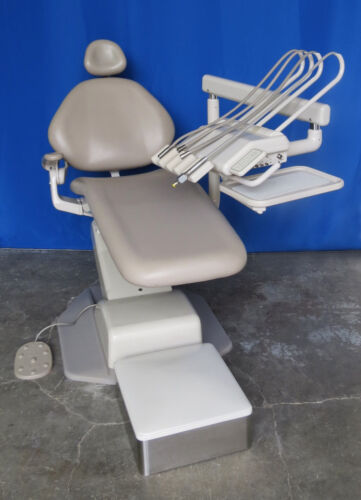 Adec Decade Dental Chair Package w/ Radius Adec 2132 Euro / Continental Delivery