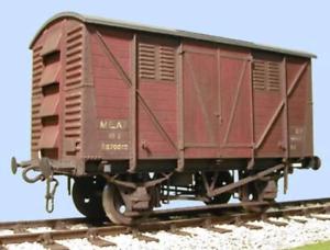 Slaters-7065-O-Gauge-BR-Meat-Van-Kit