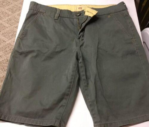 Levi Strauss Women's Shorts Size 10 Bermuda Olive