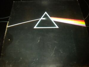 Pink-Floyd-Dark-Side-Of-The-Moon-Vinyl-Record-LP-Album-SHVL804-2-POSTERS
