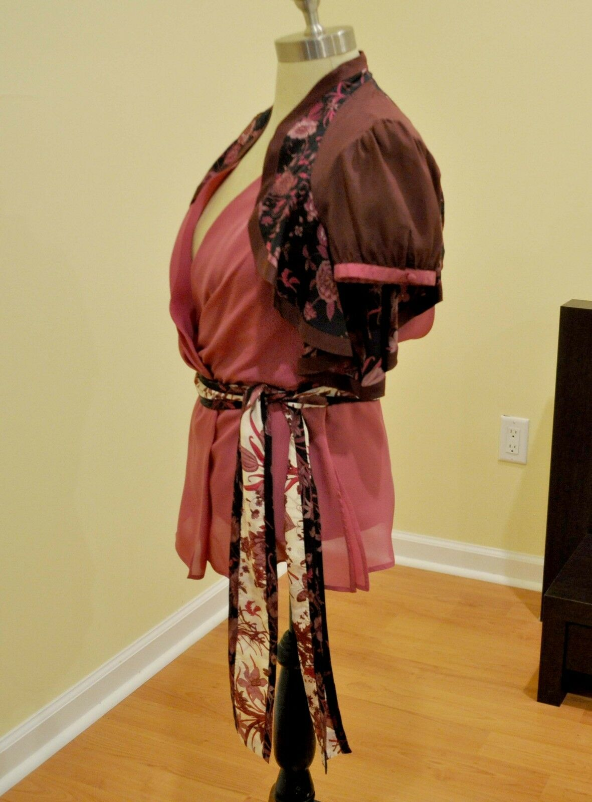 Gucci Silk Print Floral Ruffled Blouse Shirt Top … - image 3
