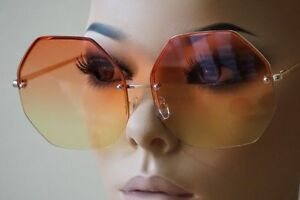 Women-Oversized-Rimless-Sunglasses-Orange-Yellow-Gradient-Lens-Metal-Frame-Retro
