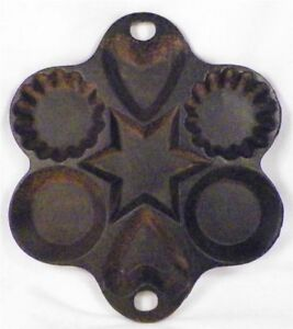 On Sale Cast Iron Holiday and Miscellaneous Pattern Cornbread Pan or Cookie Mold Baking Pan or  Baking Tool