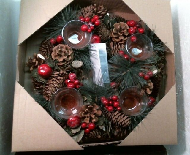 Christmas Wreath Images Free.Pine Cone Berry Christmas Wreath 621689 Red 13 Centerpiece Free Shippiig