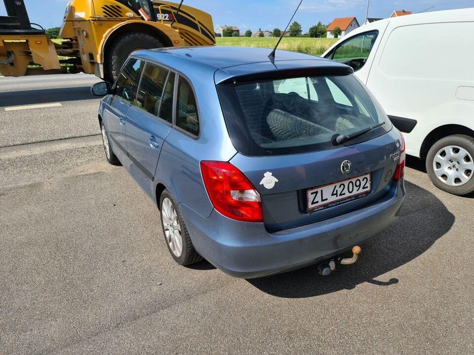 Skoda Fabia 1,9 TDi Elegance Combi Diesel modelår 2008 km