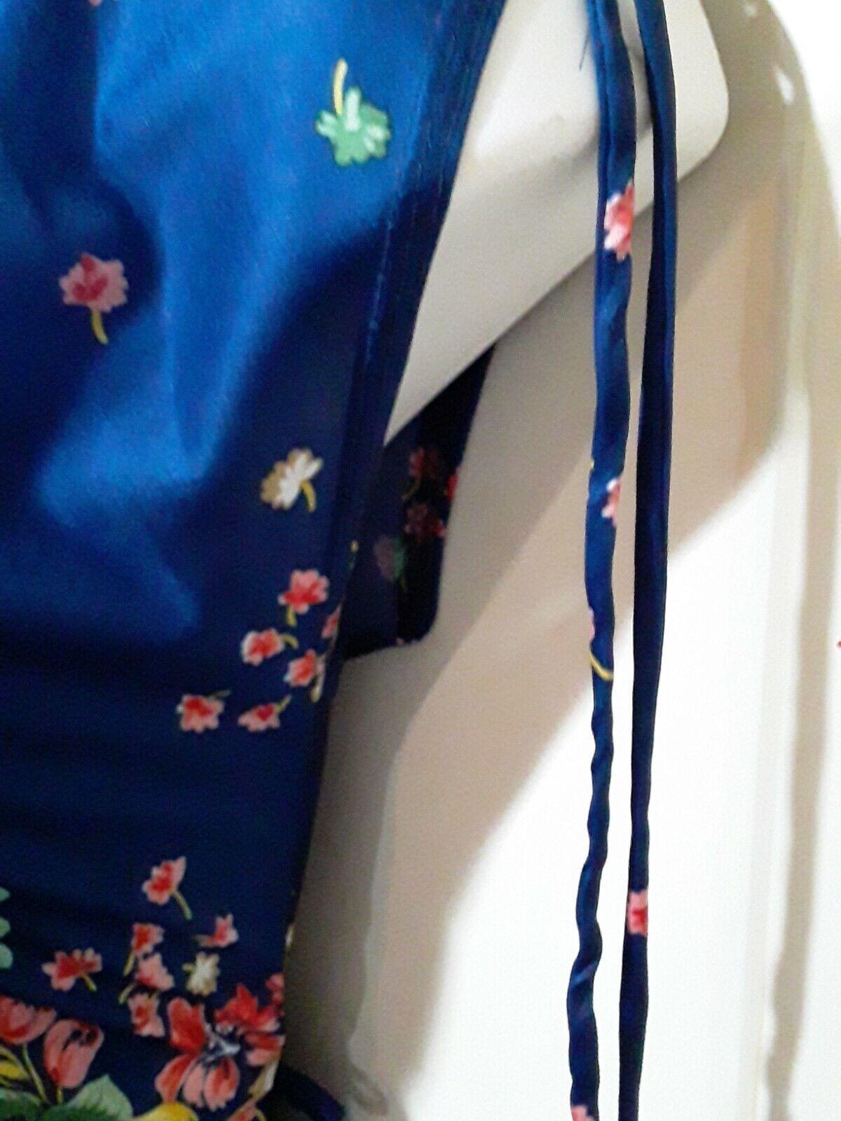 Vintage Ms. Claire Blue Floral House Dress, Size … - image 4