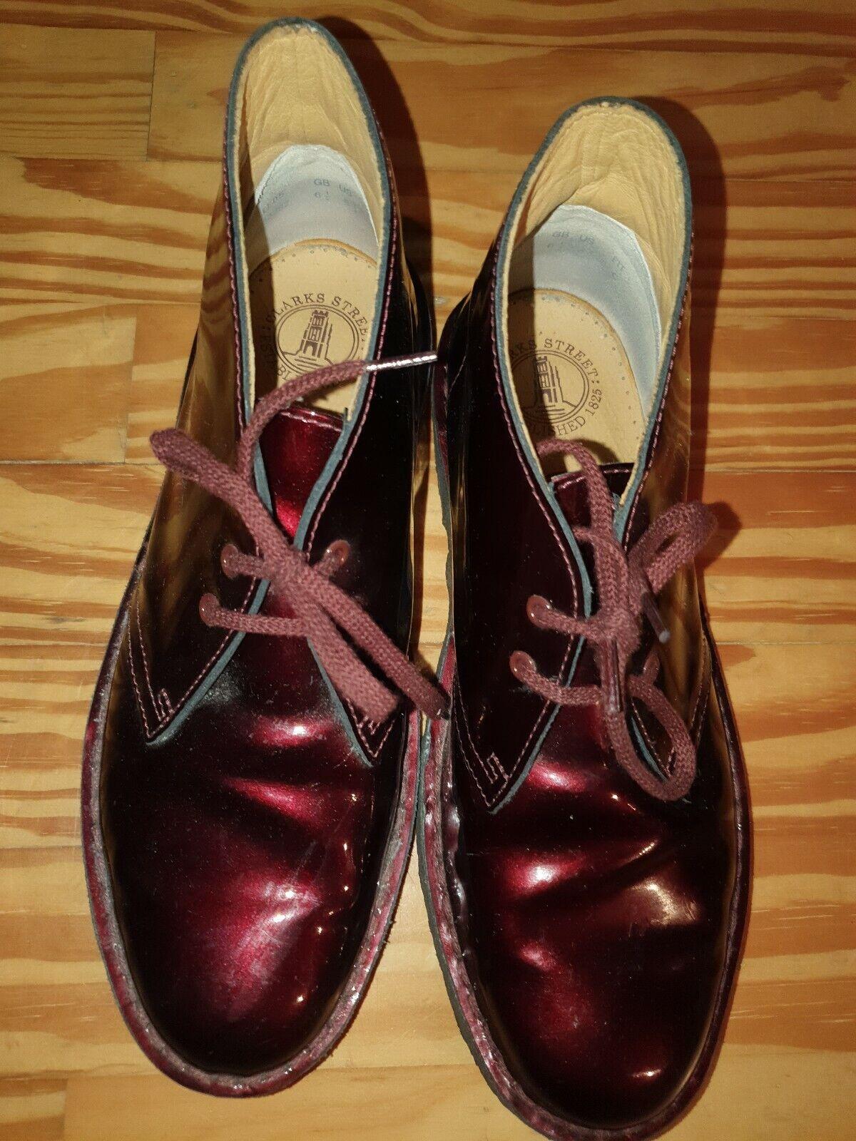 Clarks Originals Desert bottes Loisirs bottes cuir verni Taille 40 rouge foncé