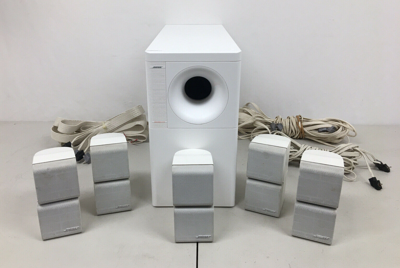 Bose Acoustimass 10 Home Theater Sound System, 5 Cube Speakers/Cables/Sub #8007. Buy it now for 259.99