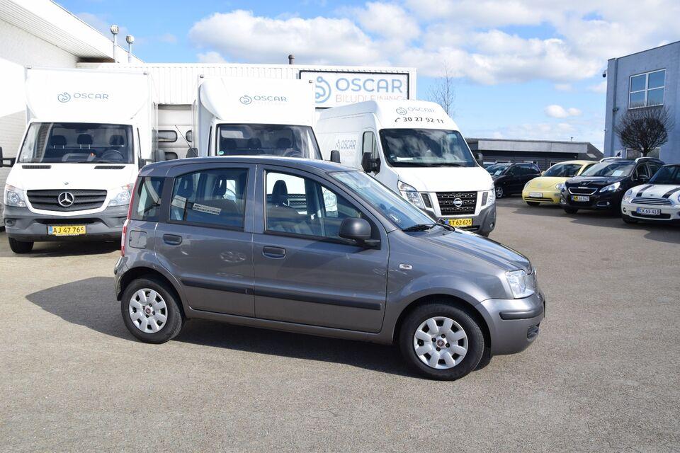 Fiat Panda 1,2 69 Fresh Benzin modelår 2012 km 251000