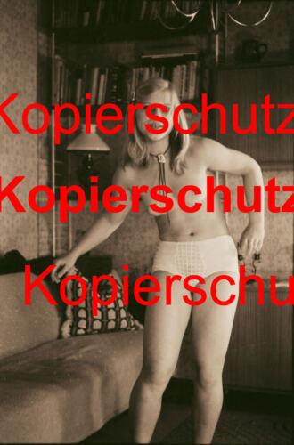 DIN A 6 AK23 Frau Nackt Akt in Sepia Foto POSTKARTE 10,5 x 14,8 cm