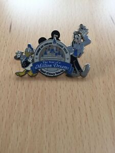 The-year-of-a-million-dreams-Disney-2006-limited-edition-badge