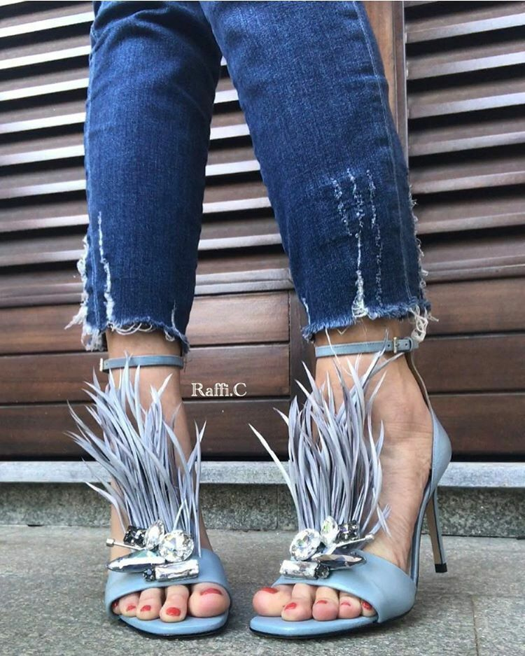 ZARA HIGH HEEL LEATHER SANDALS WITH FEATHERS SIZE UK4 EUR37 US6.5 NEW