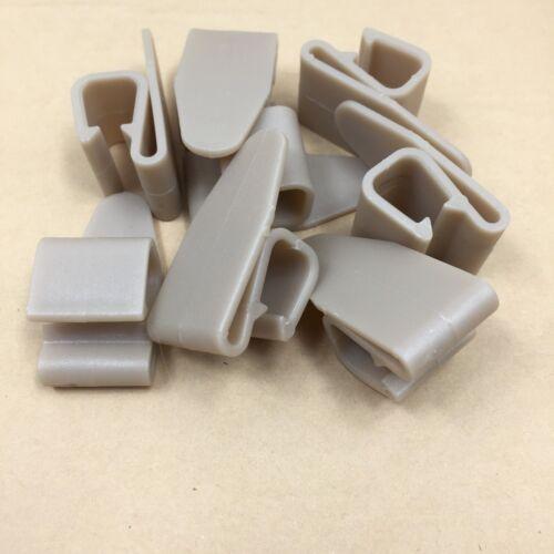 Car Floor Mats Liner Anti-Slip Clips Fixing Auto Mats Carpets Plastic Grip 8 PCs