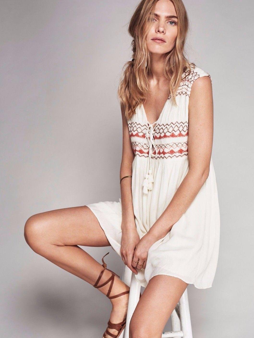 New FREE PEOPLE Ivory Embroiderot Simply LaceUp Sleeveless Dress Tunic Sz Medium