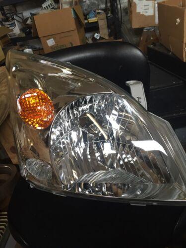 Headlight Toyota Land Cruiser Right Side 81130-6A230