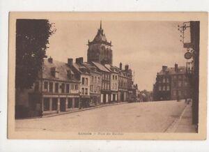 Aumale-Place-Des-Marches-France-Vintage-Postcard-977a