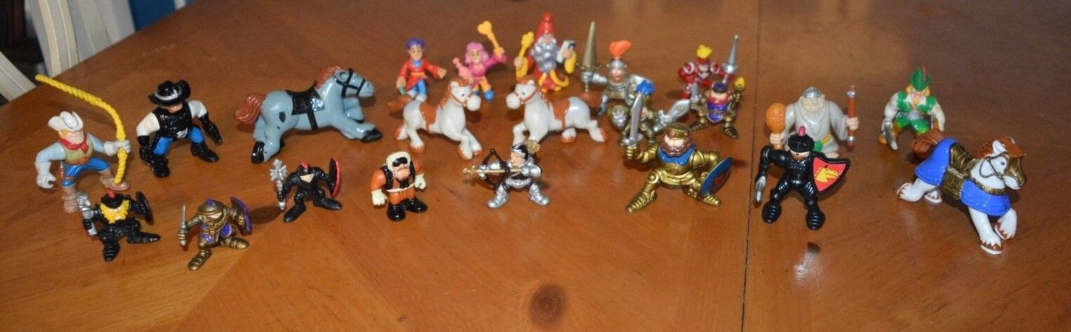 FISHER PRICE LOT OF ACTION FIGURES 22 PIECES SOME RARE FINDS