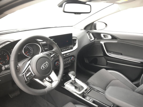 Kia Ceed 1,5 T-GDi mHEV Comfort Upgrade SW DCT billede 9