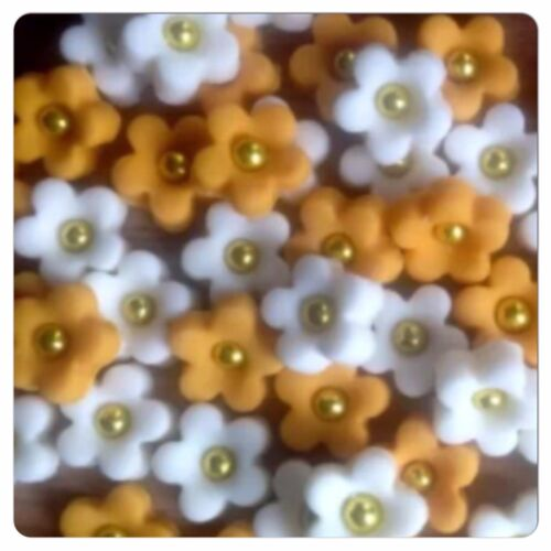 30 Ivory Gold Wedding Edible Flowers Sugar Cake  Cupcake Toppers Decorations