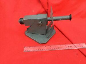 Pistolet à jouets vintage Ww1 fabriqué par Stephane en cuirassé gris