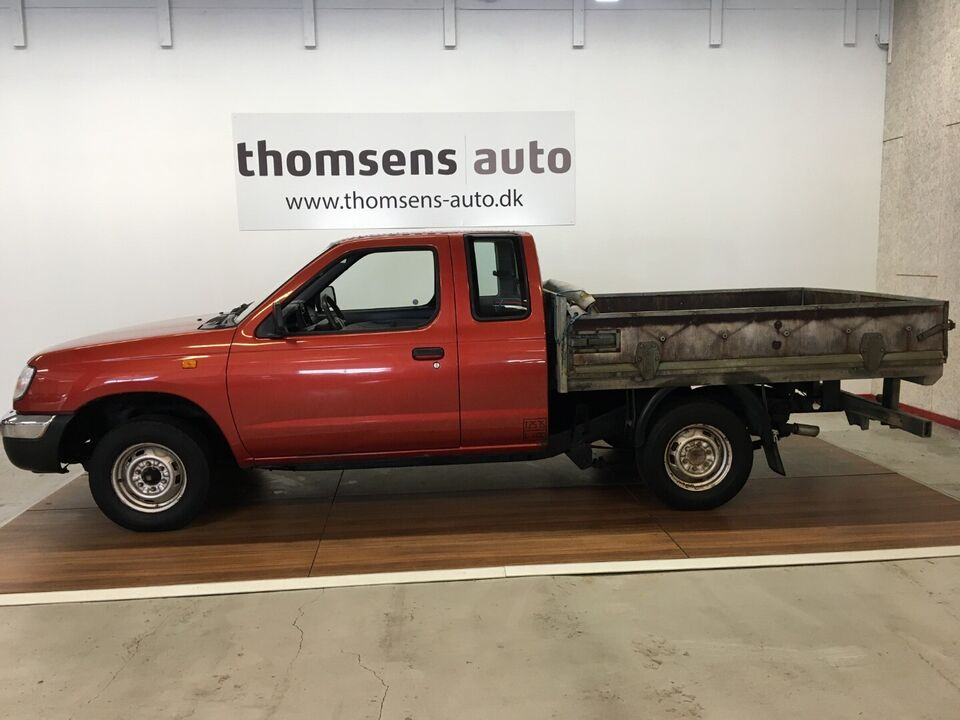 Nissan King Cab 2,5 D Diesel modelår 2001 Orange km 188000