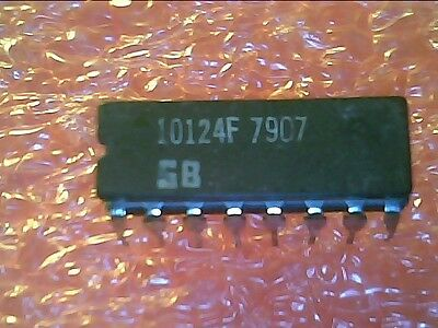 16-Pin Ceramic DIP 1x IC MC10524L TTL-TO-ECL TRANSLATOR