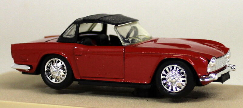 Eligor 1 43 Scale 1134 Triumph TR5 Roadster 1968 rot Diecast Model Car