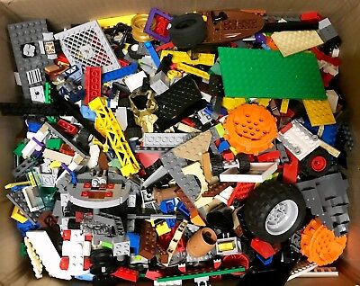 4 FREE MINIFIGURES! Genuine Official used Lego Bricks /& Parts 2KG MIXED LEGO