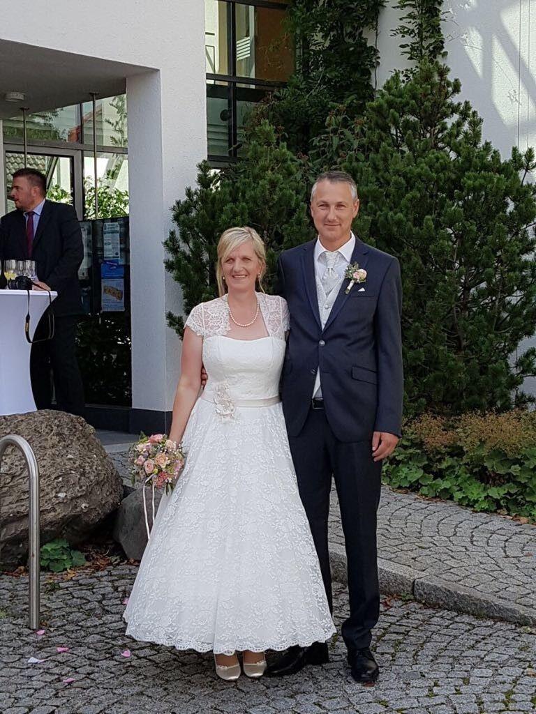 Brautkleid 42 | Qualität und Quantität garantiert  | Moderater Preis  | In hohem Grade geschätzt und weit vertrautes herein und heraus