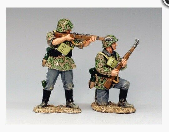 WSS110 WW2 German 'Two Riflemen In In Action' Normandy D-Day Mint In Box WS 110