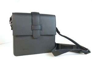 Leica-Leather-Case-For-compact-Camera-with-Shoulder-Strap-01