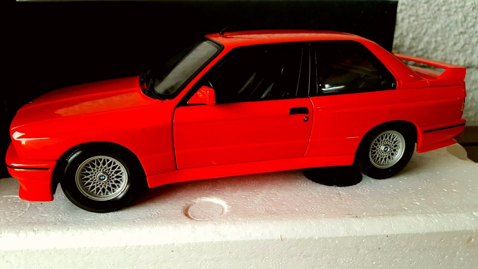 BMW COUPE SERIE 3 M3 E30 200CH ROUGE ROUGE ROUGE MINICHAMPS 1/18 FIRST EDITION   Online Store  e238b2