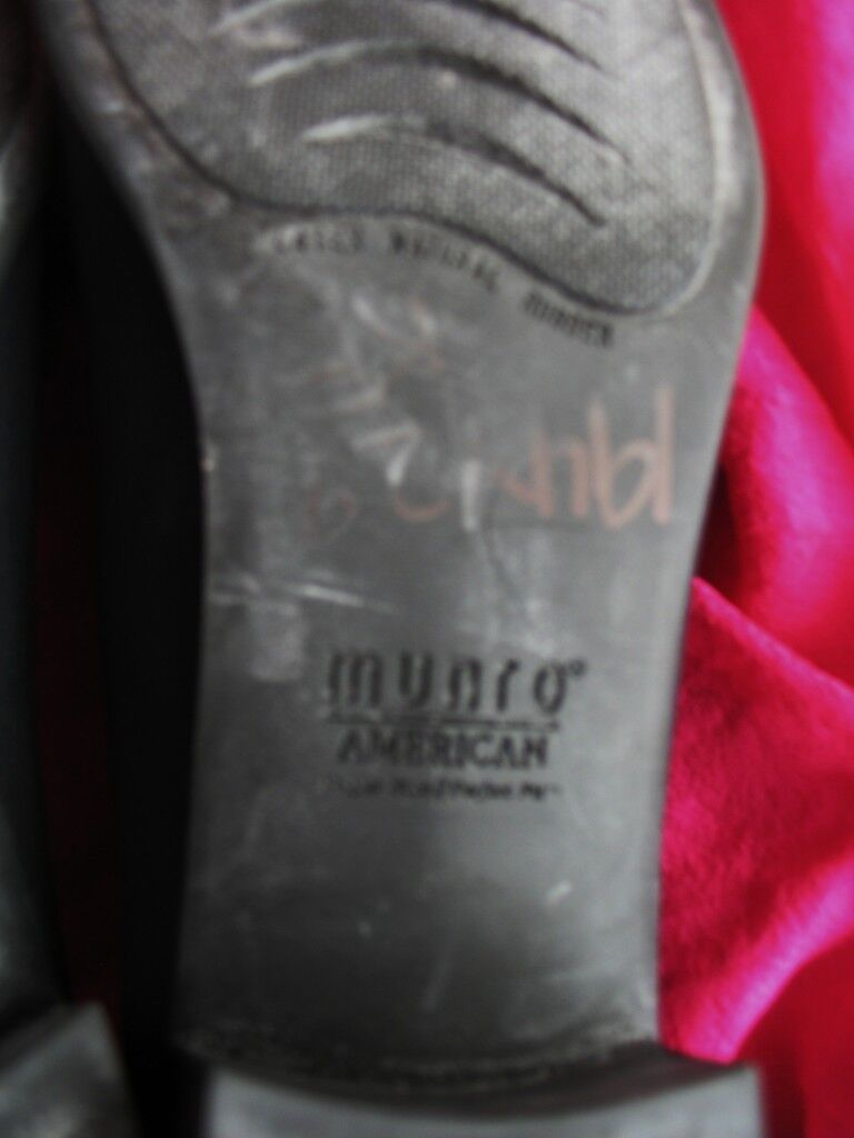 MUNRO Schuhe BLACK FABRIC/LEATHER PUMPS  N/40  SIZE 9.5 N/40  MADE IN USA 59b64a